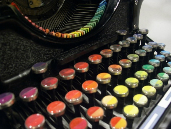 the-chromatic-typewriter-4
